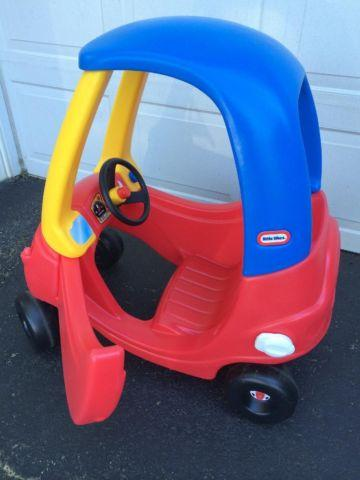 little tikes cozy coupes red yellow blue and police car for sale in east freehold new jersey. Black Bedroom Furniture Sets. Home Design Ideas