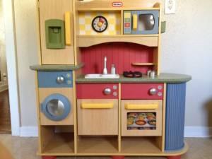 Little Tikes Deluxe Wooden Kitchen And Laundry Center Shreveport For Sale In Shreveport