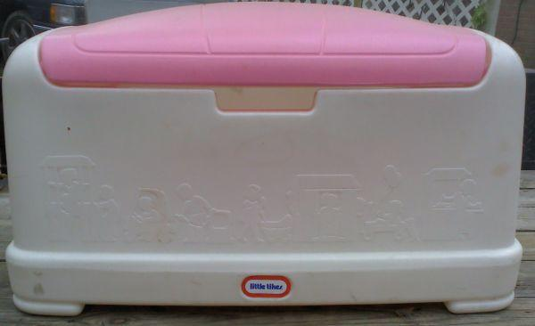 LITTLE TIKES GIRL TOY BOX - (Newport News) for Sale in Norfolk, Virginia Classified ...