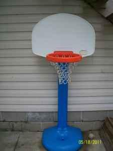 Little Tikes Grow With Me Basketball Hoop - $10