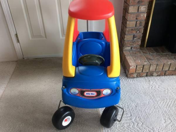 Little Tikes playing car