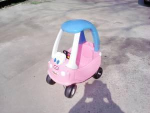 LITTLE TIKES PRINCESS COZY COUPE - $30 MUSKEGON