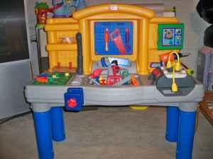 Little Tikes Tool Bench W Lots Of Tools Toledo For