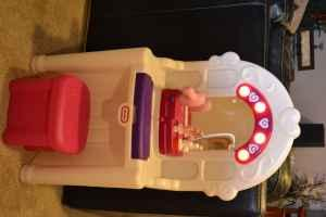 Little tikes vanity with stool, lights, voice - $45 Nevada, IA