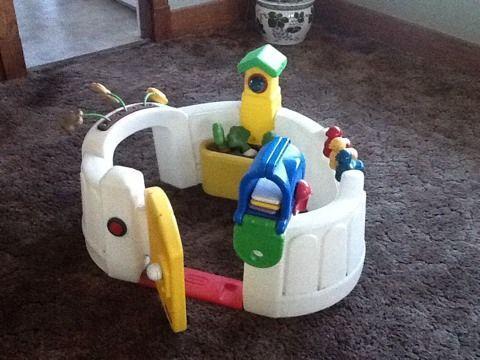 Amazon.com: Little Tikes Vegetable Garden Activity Center: Toys ...