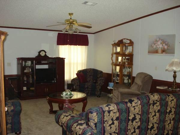 Living Room Set complete with Tables - $1000