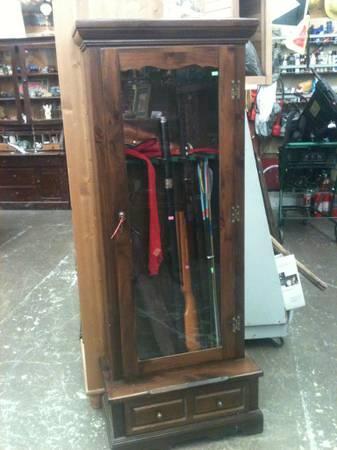 Locking Glass Front Gun Cabinet   $130