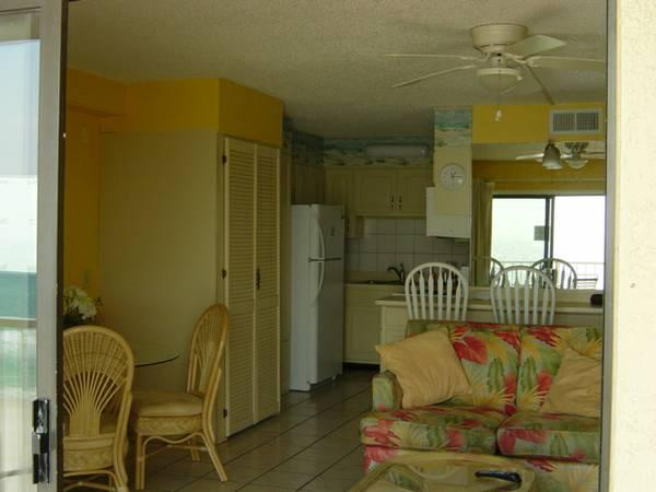 LOOKING FOR SPRING OR SUMMER STAY-CK OUT OUR 1 BR-1.5