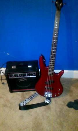looking to trade ibanez bass for guitar or sale - $150