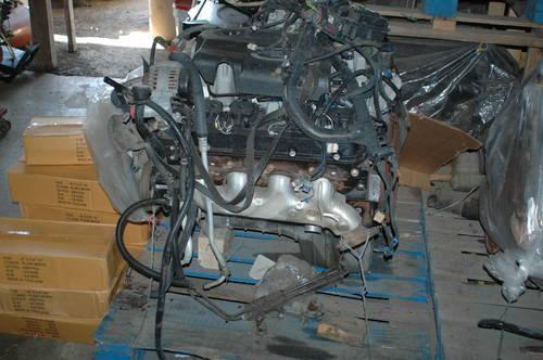 lot of 35 chevrolet vortec engines 33 5 7 liter 2 5 3 liter complete for sale in everglades. Black Bedroom Furniture Sets. Home Design Ideas