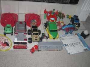 LOTS & LOTS OF TOYS - $25 (RESERVIOR)