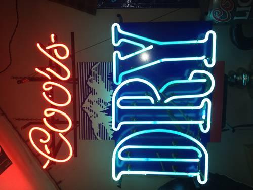 Lots of NEON bar lights GREAT FOR MAN CAVES COORS MARLBORO JOE CAMEL