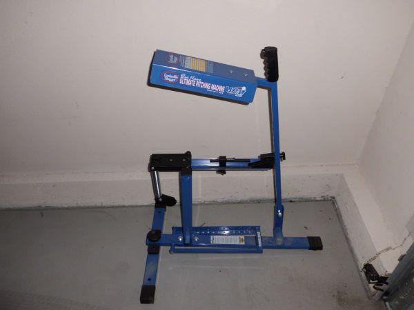 louisville slugger ultimate pitching machine blue