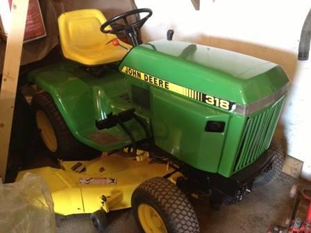 Low HR John Deere 318 50 in cut hydro garden tractor