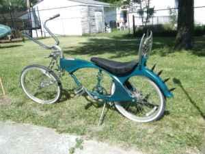 Low Rider Schwinn Beach Cruiser  Flint For Sale In Flint Michigan Classif