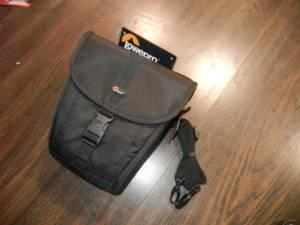 Lowepro - Video Camera or SLR Case - New - $20 (Central