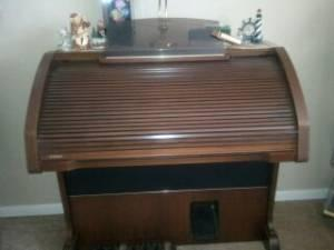 Lowrey Century Organ - $1600 (Dunnellon, Citrus County)