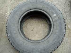 LT 245/75 R16 10ply Tire - $60 (Waterloo)