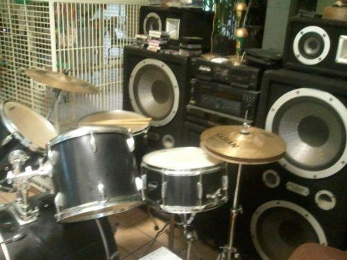 LUDWIG DRUMS 7 PIECE
