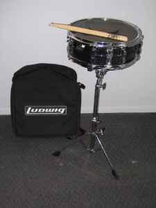 Ludwig snare drum kit with stand, pad, sticks  case. - $275 Seward
