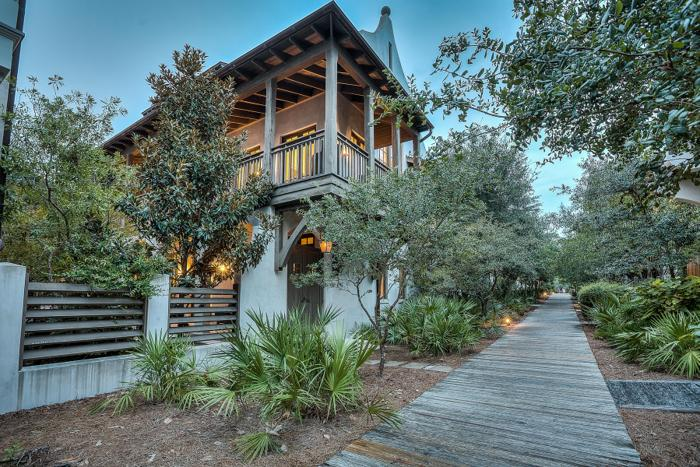 LUXURIOUS GULF VIEW ROSEMARY HOME EFFORTLESSLY HOSTS