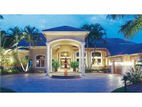Luxury estate home w panoramic golf lake views for sale for Big houses in miami