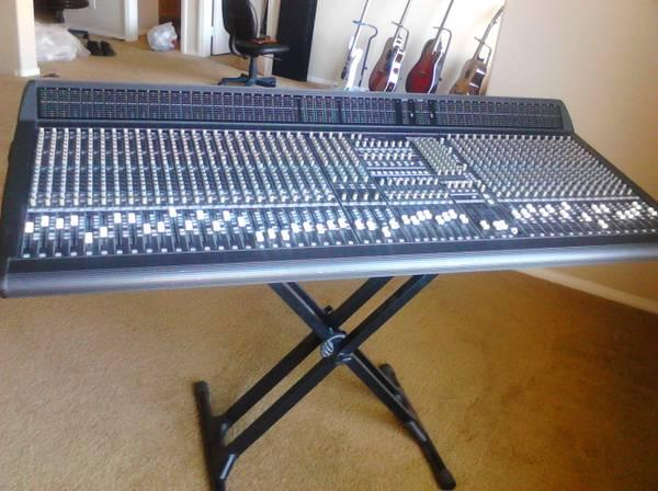 mackie 40 channel console mixer for sale in las vegas nevada classified. Black Bedroom Furniture Sets. Home Design Ideas