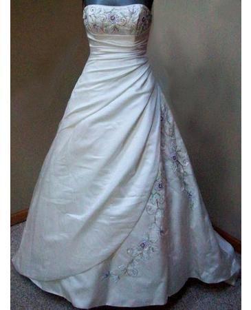 Maggie sottero sarchi wedding dress nwt size 2 4 6 for Tudor style wedding dress