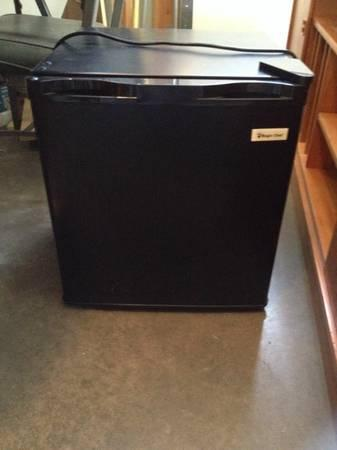 Magic Chef Dorm Refrigerator 1.7 cu. ft. - $45