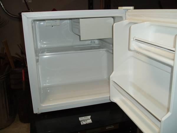 Magic Chef Mini RefrigeratorFreezer - $45