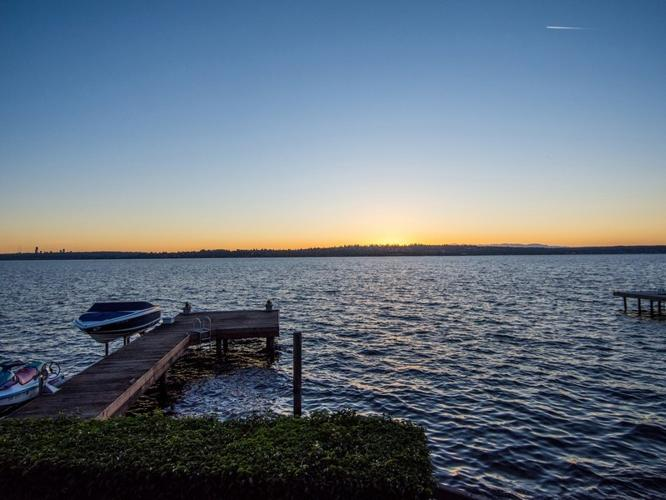 Magnificent Lake Washington Waterfront