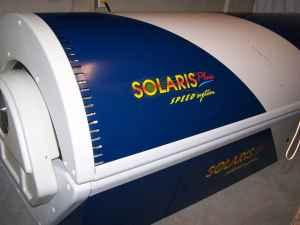 MAKE AN OFFER Solaris Plus 42 Tanning Bed w Face Tanner