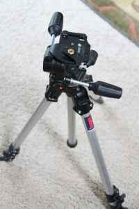Manfrotto 808rc4 head and bogen tripod - $225 Bend