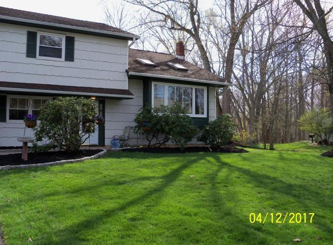 MARLBORO 4BD, 2 1/2BTH, COUNTRY CLUB BACKYARD WITH