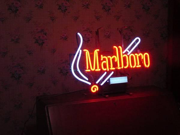 Marlboro Neon Sign Classifieds Buy Sell Marlboro Neon Sign
