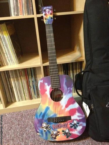 martin limited edition felix the cat guitar for sale in cincinnati ohio classified. Black Bedroom Furniture Sets. Home Design Ideas