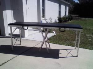 massage table - $50 (marion oaks,fl.)
