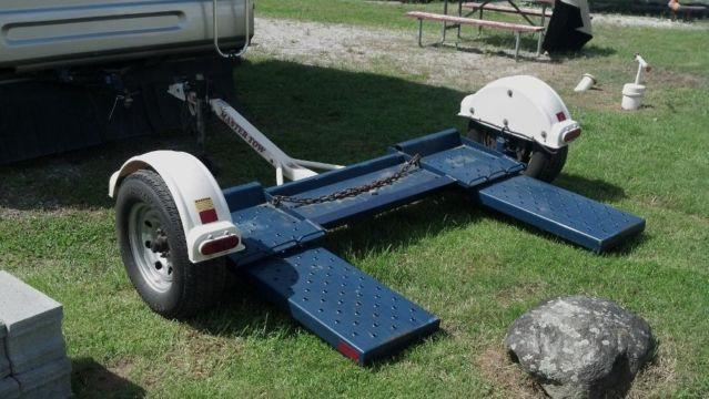 MASTER TOW CAR DOLLY