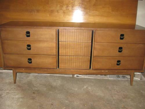 Matching 1960s Mid Century Danish Modern Bassett Dressers Credenza Set For Sale In Mckees Rocks