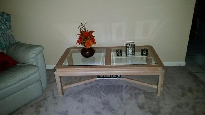 Matching Coffee and End Table, excellent condition! By