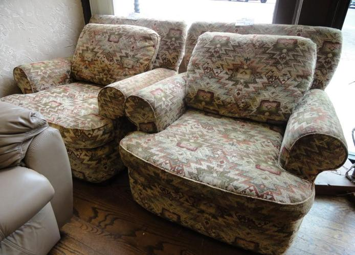 Matching STUFFED CHAIRS (Sealy Brand) ~ NICE!   $75