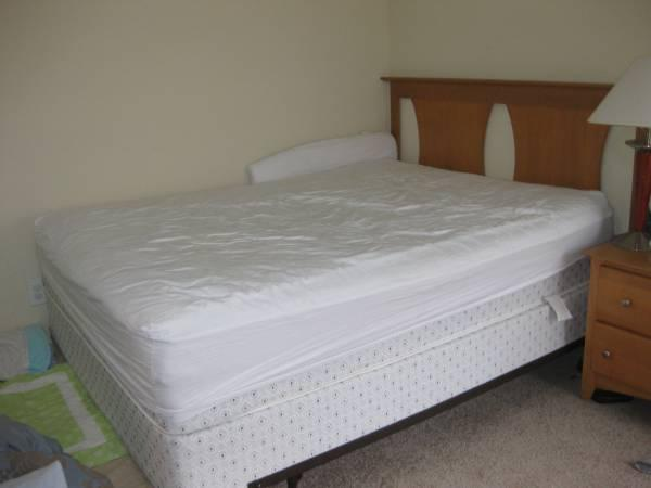 Mattress with and without frame for Sale in Nashville