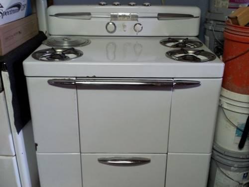Maytag Dutch Oven W/deepfryer 1950's