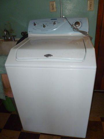 Maytag Top Load Washer Excellent New Condition For Sale In