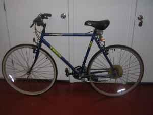 men 39 s multi track mountain bike center city for sale in philadelphia pennsylvania. Black Bedroom Furniture Sets. Home Design Ideas