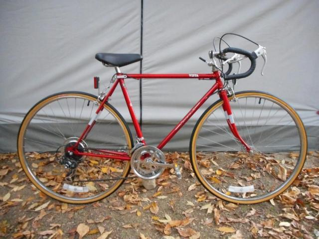 *Men's Vista 10-Speed Red Road Bike - Mint Condition!