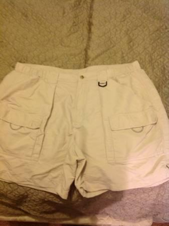 1fef8bfd48 Clothing for sale in Valdosta, Georgia - buy and sell attire. Clothing  classifieds | Americanlisted.com