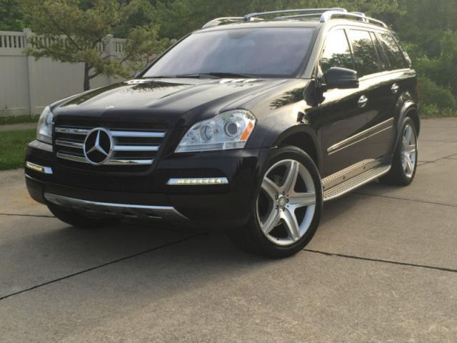 Mercedes benz gl class amg gl450 gl350 for sale in for Mercedes benz gl amg for sale