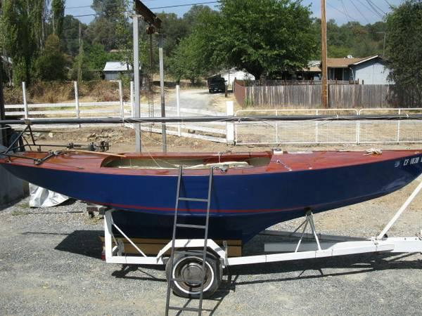 Mercury 18 sailboat/trailer refurbished - $1800