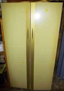 Metal cabinet - $50 (West Mifflin)